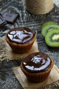 muffins_cu_ciocolata_si_kiwi
