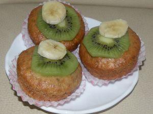 Briose cu banane si kiwi