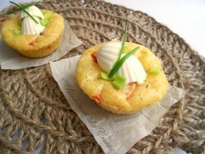 Muffins cu cascaval si ardei- alegerea perfecta pentru un mic dejun perfect!